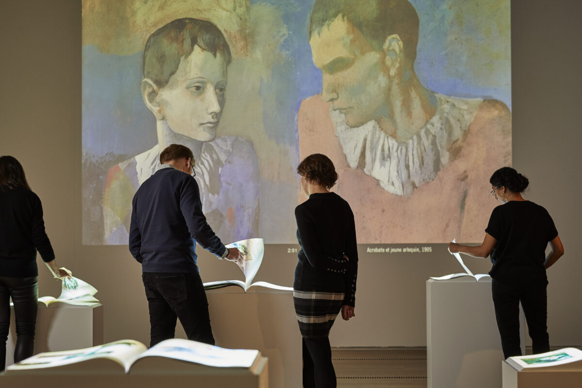 Fondation Beyeler The Young Picasso Multimedia Room Wall Projection with Harlequin